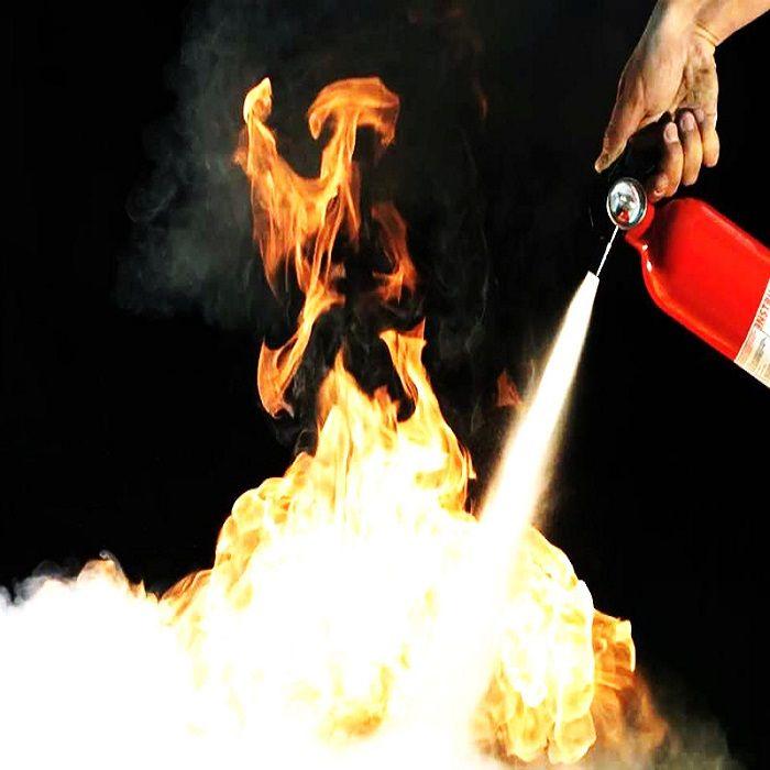 اطفا حریق در کار گرم اطفا حریق در کار گرم اطفا حریق در کار گرم