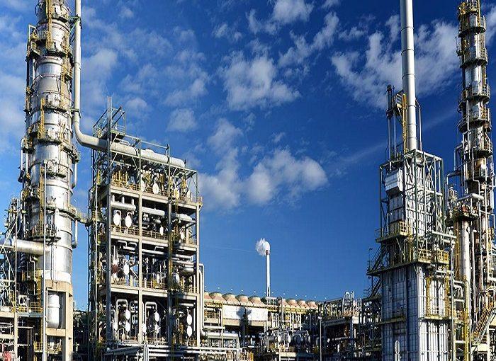 مواد شیمیایی و مخاطرات آن در عملیات هات تپ مواد شیمیایی مواد شیمیایی و مخاطرات آن در عملیات هات تپ Chemicals and Refinery Industry application tcm11 23229 700x510